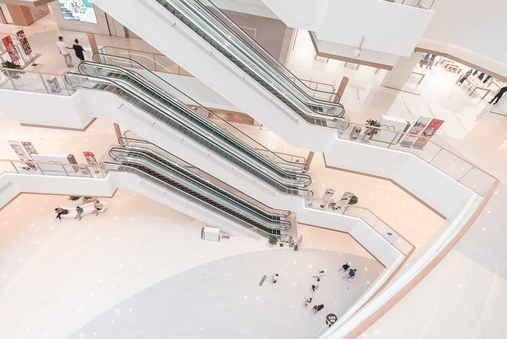 6大连恒隆广场-自动扶梯立面