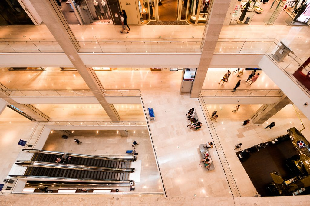 06大连柏威年-购物中心连廊