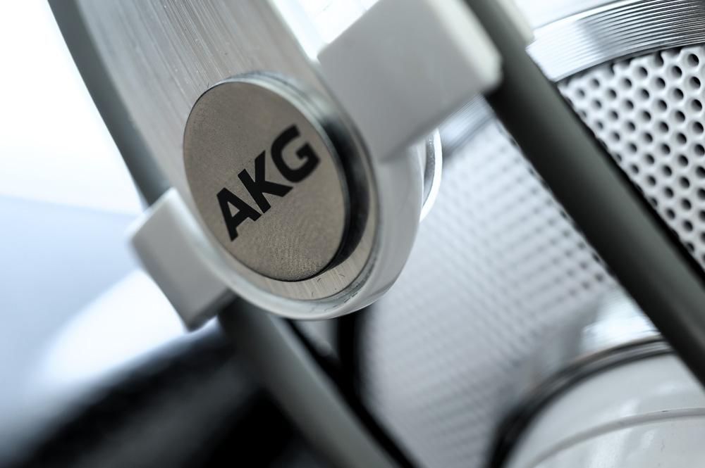 AKG K701耳机