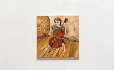 演奏大提琴的男孩.